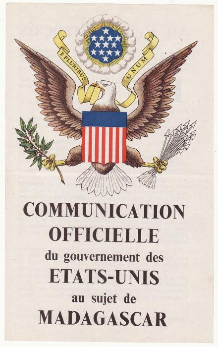 [20494]  MADAGASCAR…WW2 AIR DROP LEAFLET...   Circa 1942-3 Beautifully coloured Communication Officielle du Governement des Etats-Unis au sujet de Madagascar (135 x 215mm)